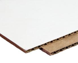 Kraft vs. white cardboard material