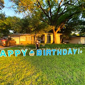 happy birthday signs in yard
