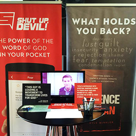 Trade show pop up banners set up